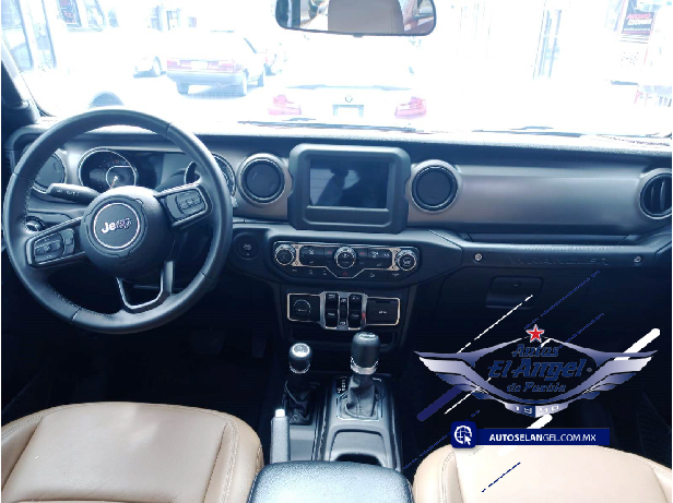 Jeep Wrangler 3.7 Unlimited Sport 3.6 4×4 At full
