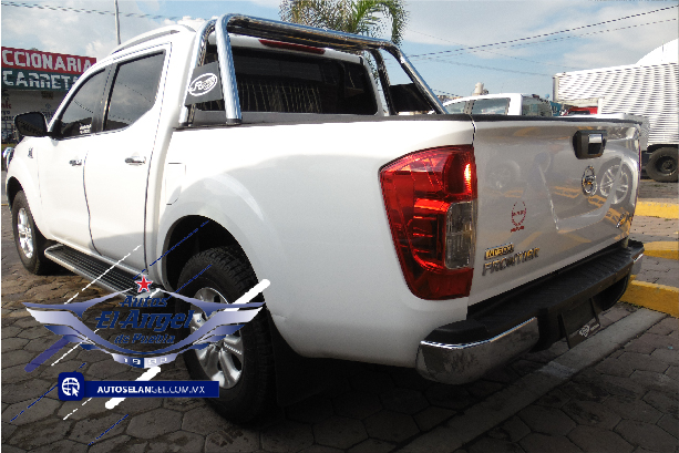 Nissan NP300 Frontier 2.5 Le Aa Mt full