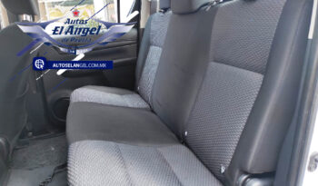 2017 Toyota Hilux D-Cab Mid 4×2 (Doble Cabina Mid) full